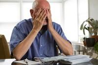 Maltraitance financière : comment la reconnaître et s'en protéger